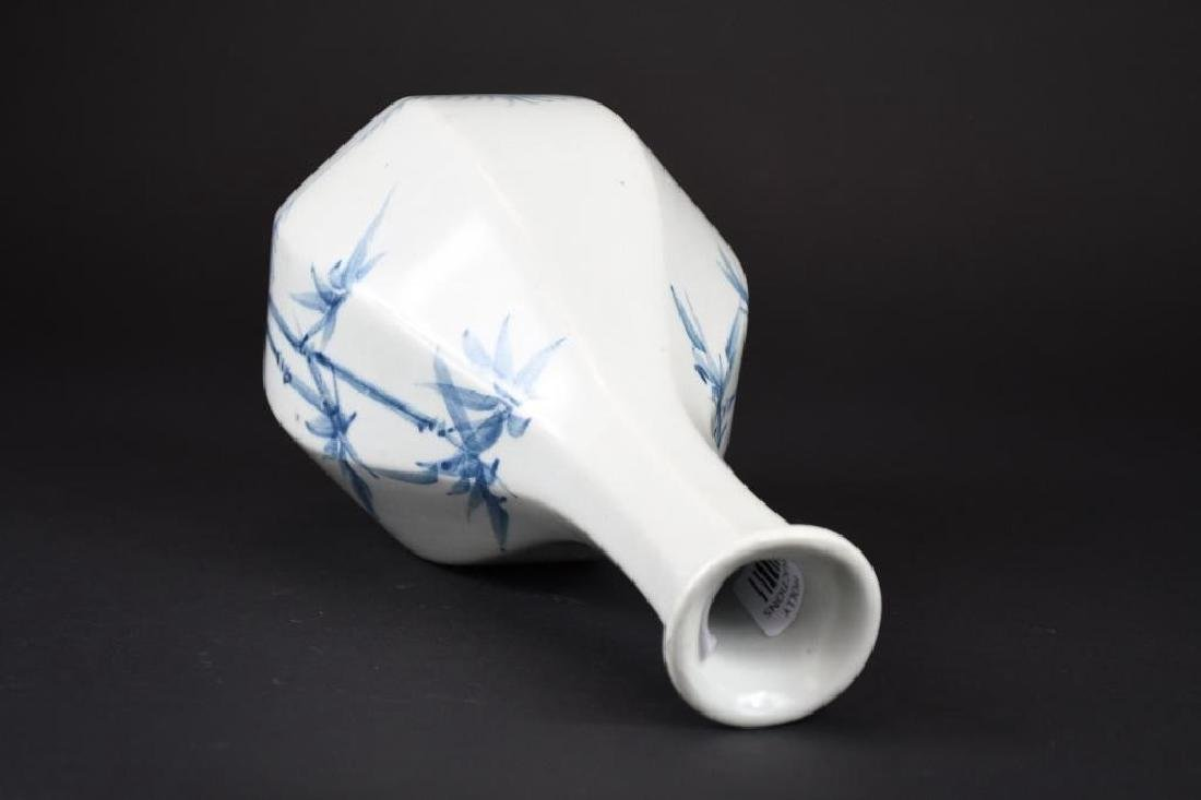 Korean Blue & White Hexagonal Vase - 5