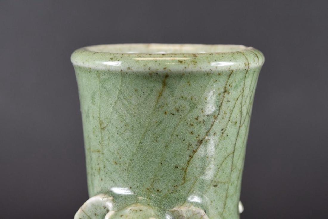 Chinese Celadon Crackle Glaze Vase - 7