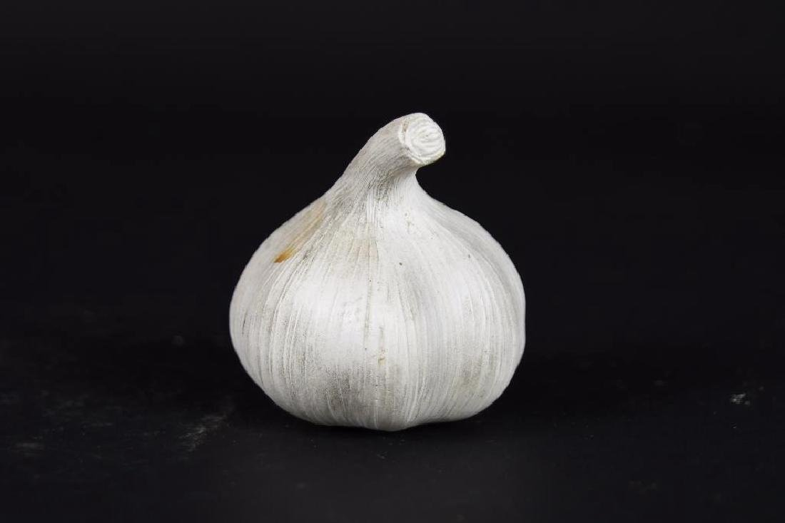 Four  Chinese Carved Agate Garlic Form Items - 2