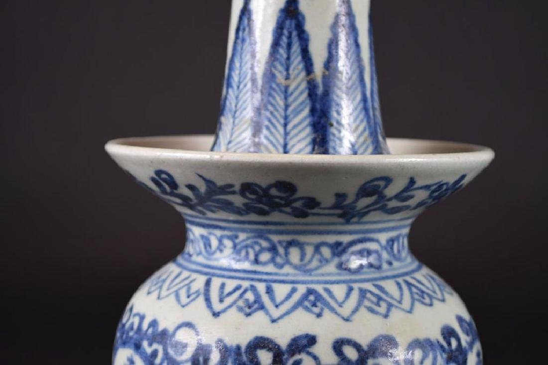 Chinese Blue & White Candle holder - 8