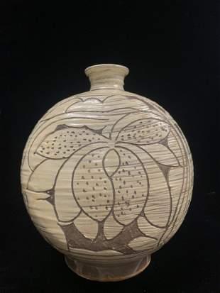 Korean Korean Celadon Glaze Porcelain Vase