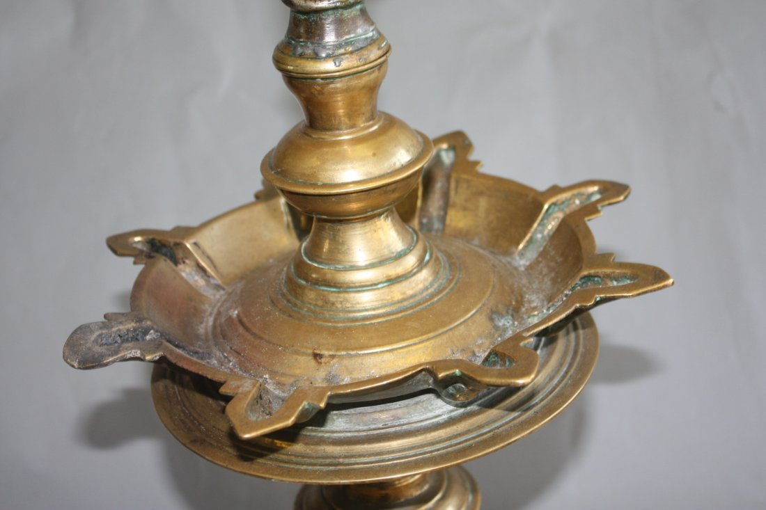167: Large Middle Eastern Bronze Oil Lamp - 6