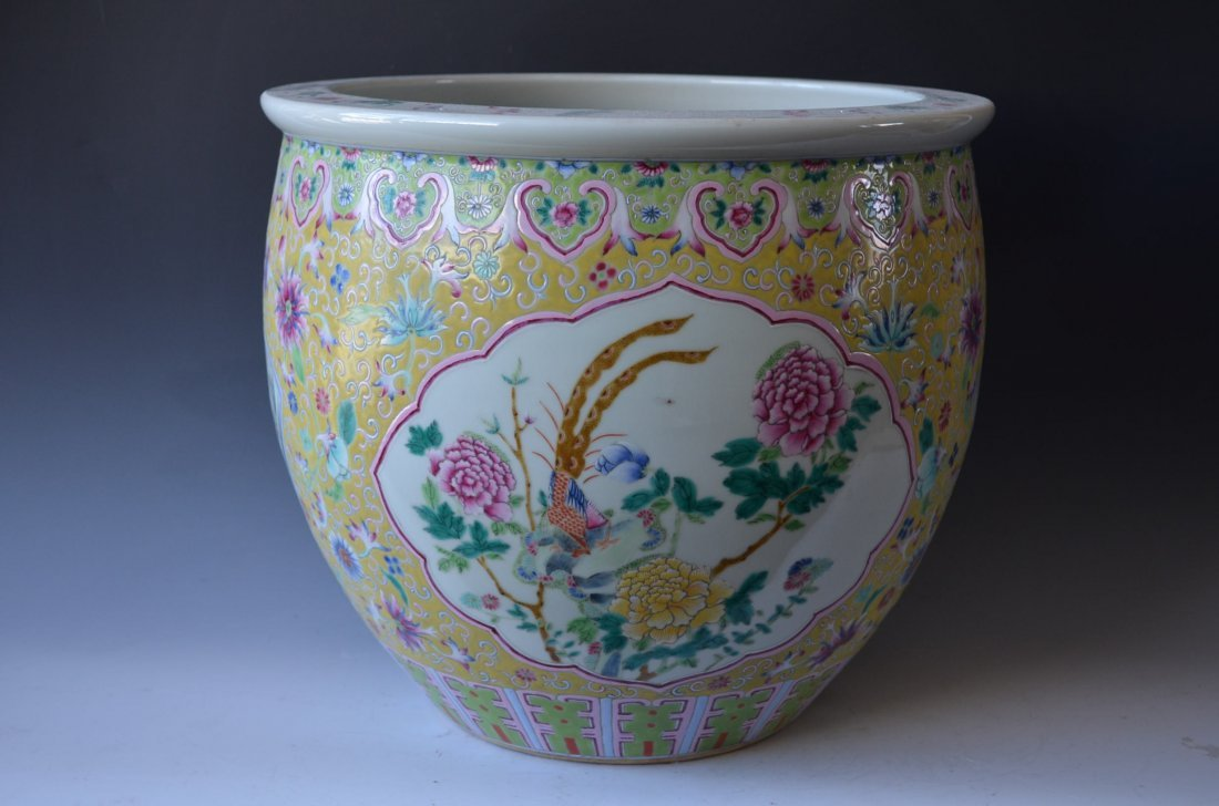 Large Famille Rose Yellow Ground Planter