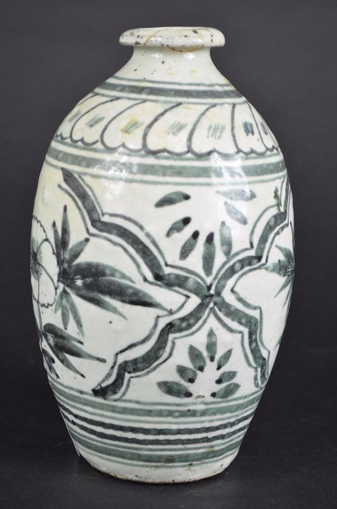 Korean underglaze Blue Vase - 2