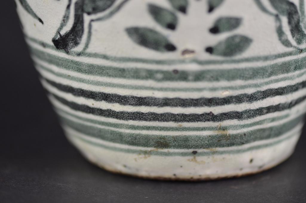 Korean underglaze Blue Vase - 9