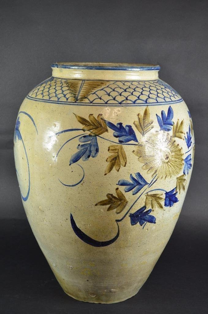 Large Korean Underglaze Blue Vase - 4