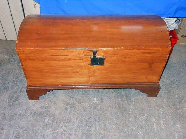 6: Blanket Chest, curved lid, dovetailed, bracket