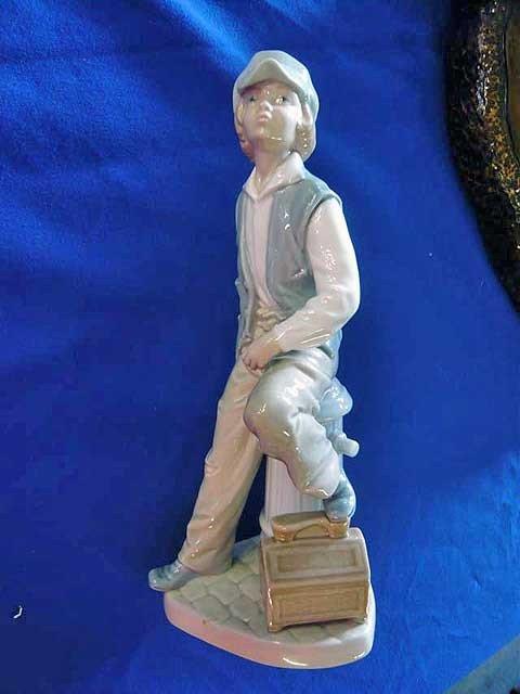 """95: Lladro, NAO, """"Shoeshine Boy"""" 1842,  9 1/2"""""""