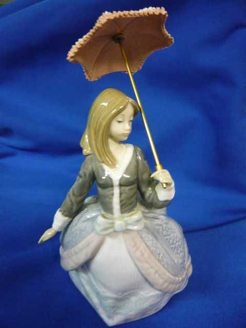 177 Lladro Angela Girl With Parasol 5211 9