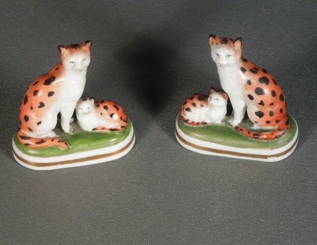 20: Chelsea Staffordshire Cats w/gold Anchor Mark