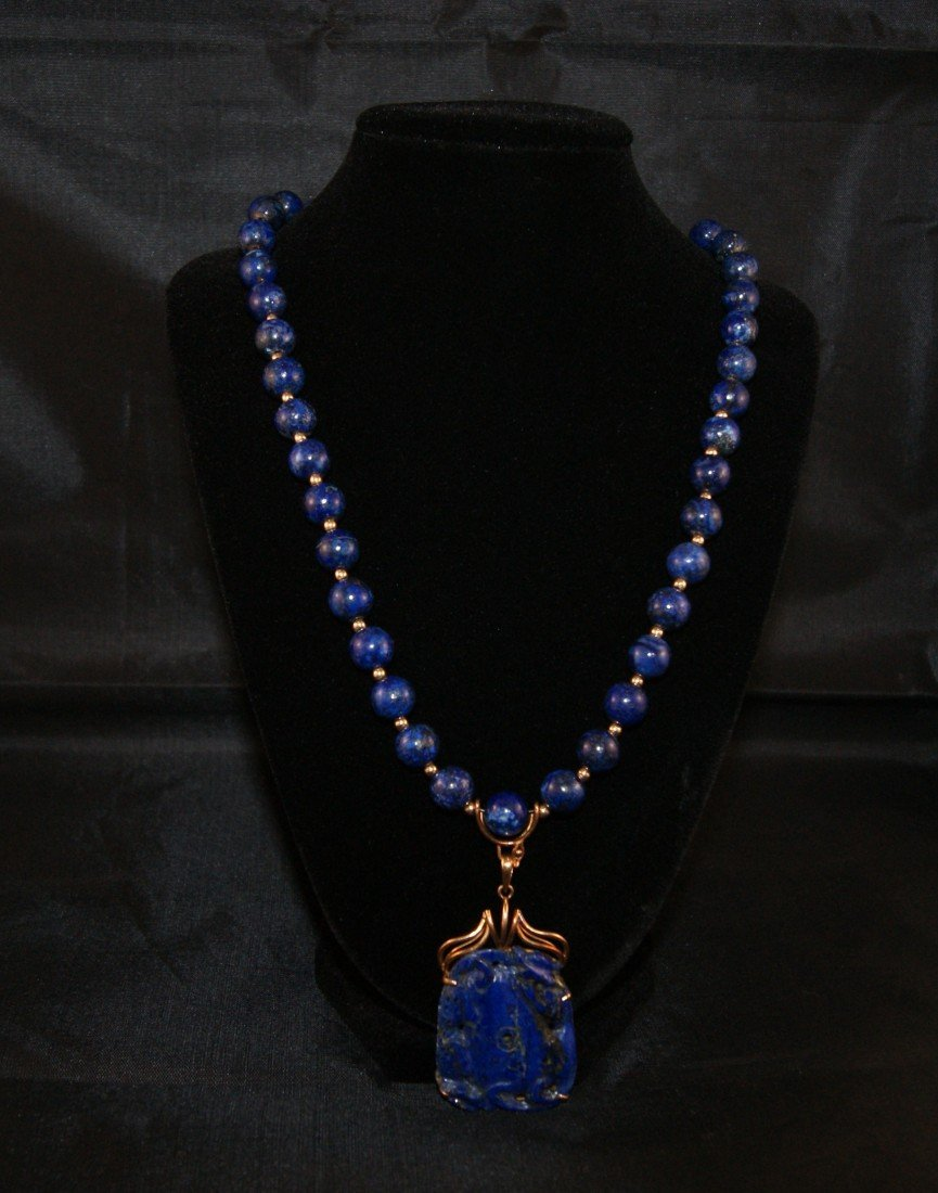 23: 14k Gold and Lapis Necklace