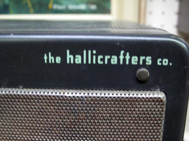 11: THE HALLICRAFTERS CO. RECEIVER MODEL S-40 A - 2