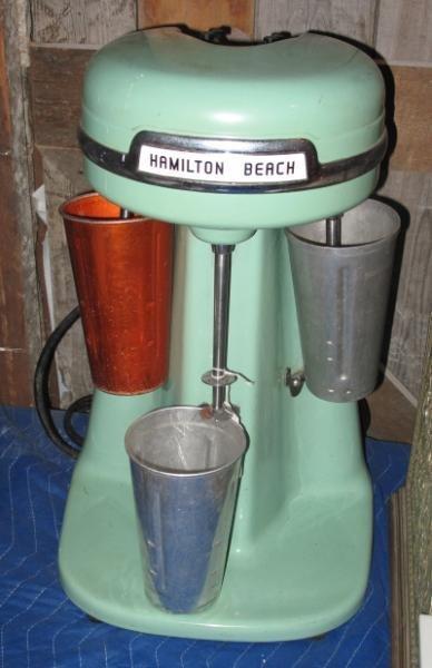 111: HAMILTON BEACH TRIPLE MILK SHAKE MAKER