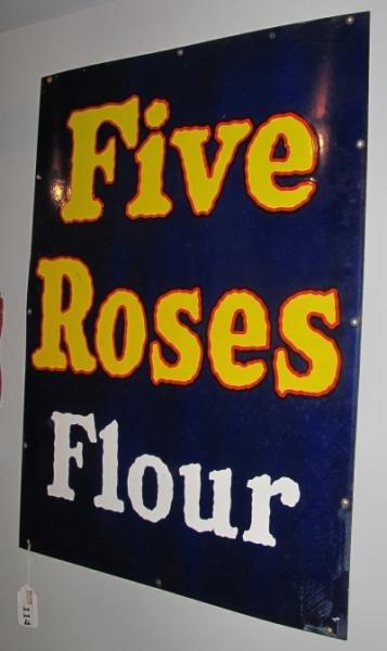 114: PORCELAIN ENAMEL FIVE ROSES FLOUR STORE SIGN -32 x