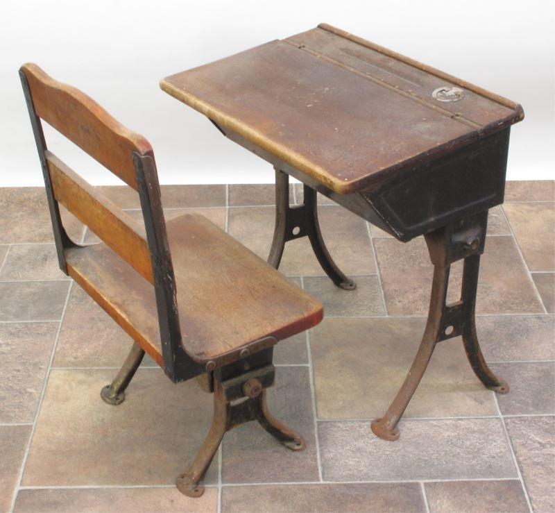 ANTIQUE CHILD'S SCHOOL DESK