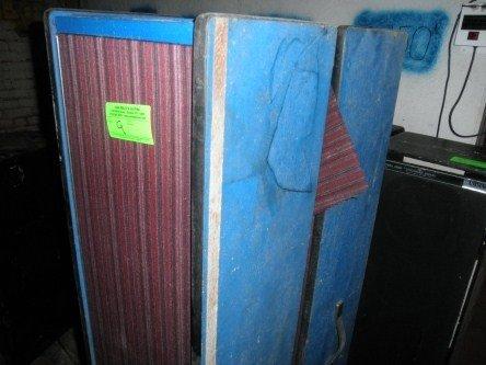 9: PAIR OF SPEAKER BOXES