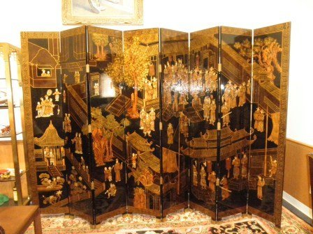 13: Large 8 Pannel Dressing Screen