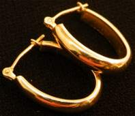 Beautiful pair of 14k Gold Hoop earrings 1.3g