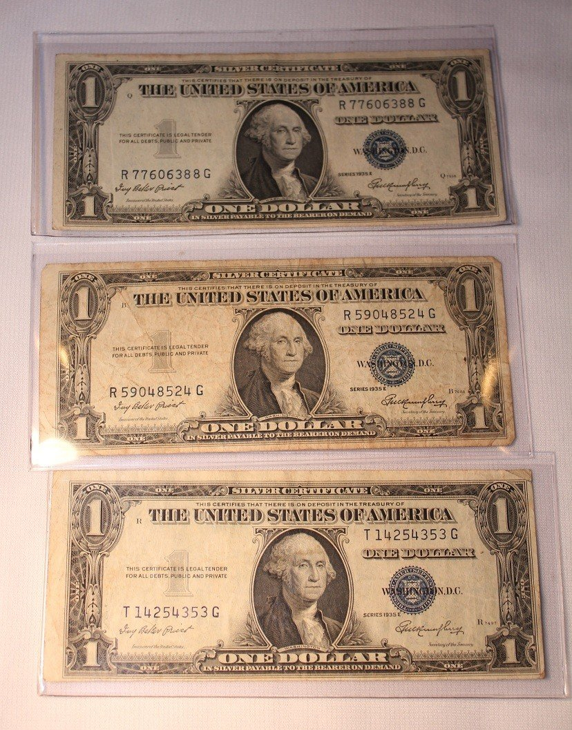 7: LOT OF THREE $1 SILVER CERTIFICATES