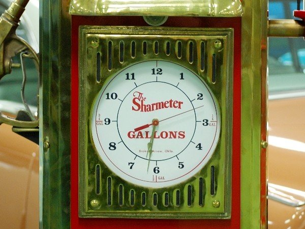 "211: Clock:  Texaco ""Gas Pump"""