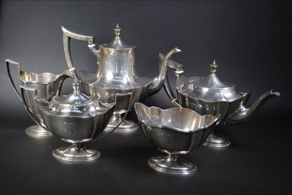 009: STERLING TEA & COFFEE SET