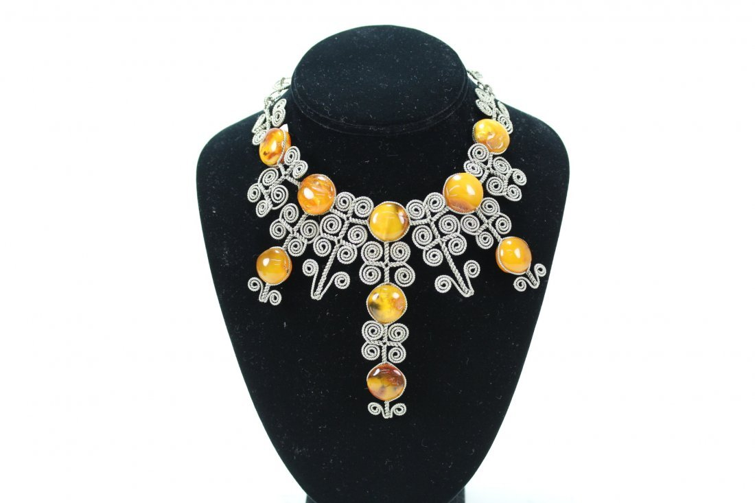 ANTIQUE SILVER AMBER NECKLACE