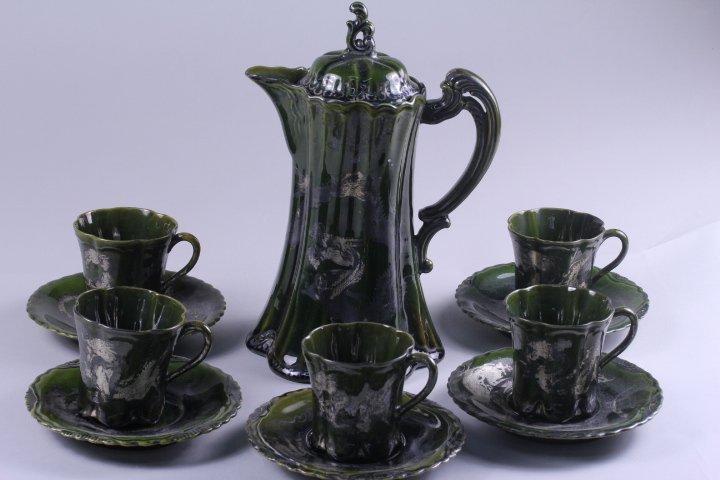 A SET OF OLD JAPANESE GREEN GLAZE TEA SET