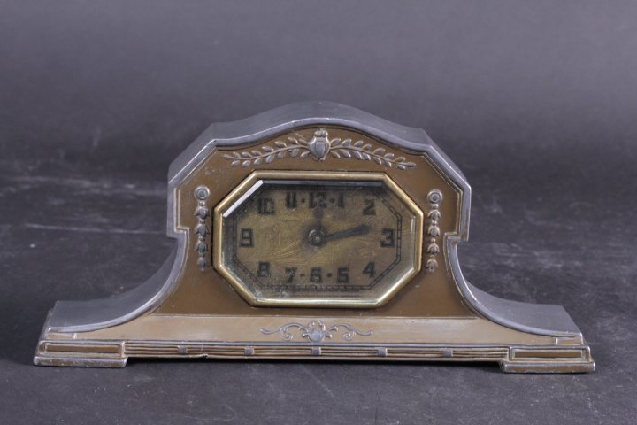 OLD US STYLE COPPER AND TIN SMALL DESK CLOCK