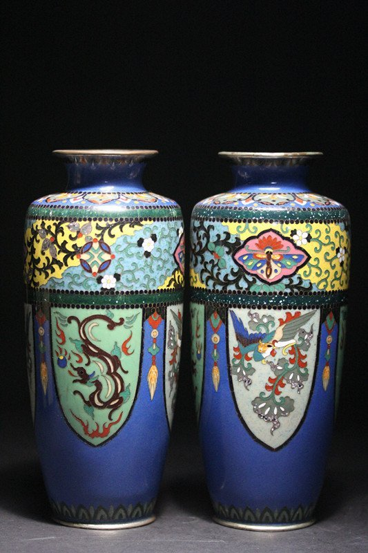 PAIR OF JAPANESE CLOISONNE VASES.