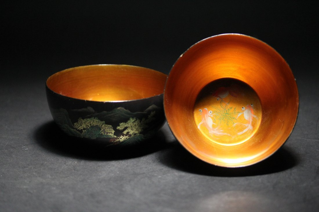 PAIR OF BODILESS LACQUER BOWLS.