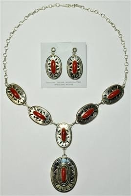 537: Navajo Coral Necklace & Earrings Set - Eugene Belo