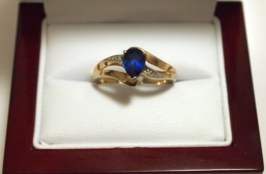 Dead Pawn Non-Native Blue Sapphire 10k Gold Women's Rin