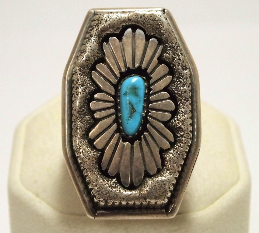 Old Pawn Navajo Turquoise Sterling Silver Men's Ring -
