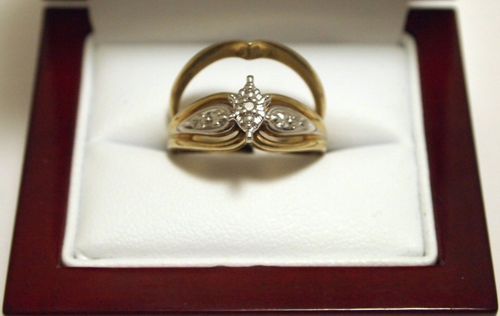 Dead Pawn Diamond 10k Gold Complementary Women's Ring S