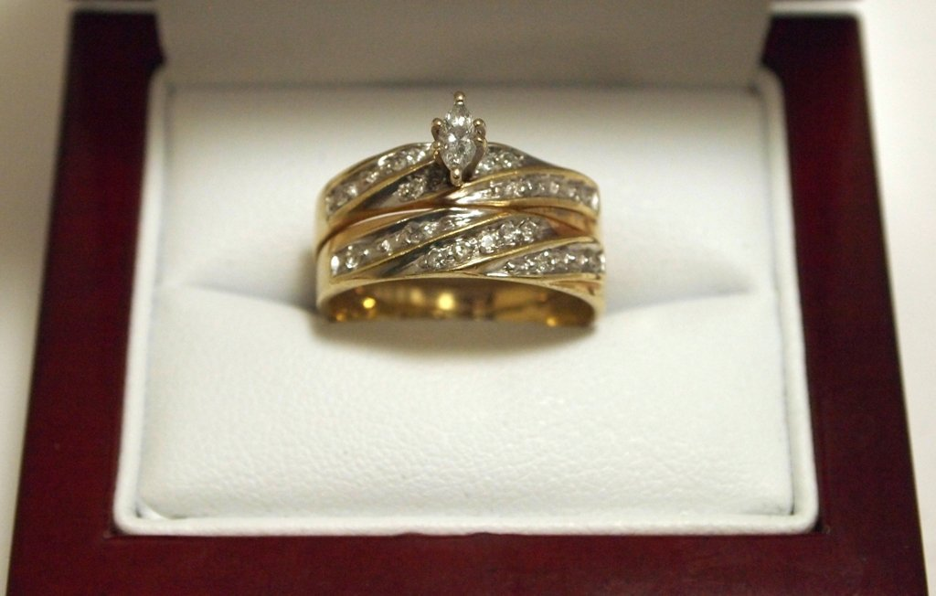 Dead Pawn Diamond 10k Gold Women's Ring - WIC