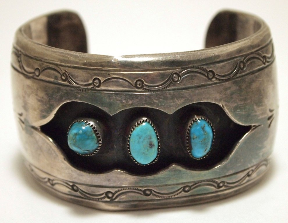 Vintage Old Pawn Navajo Turquoise SLIGHTLY CREASED
