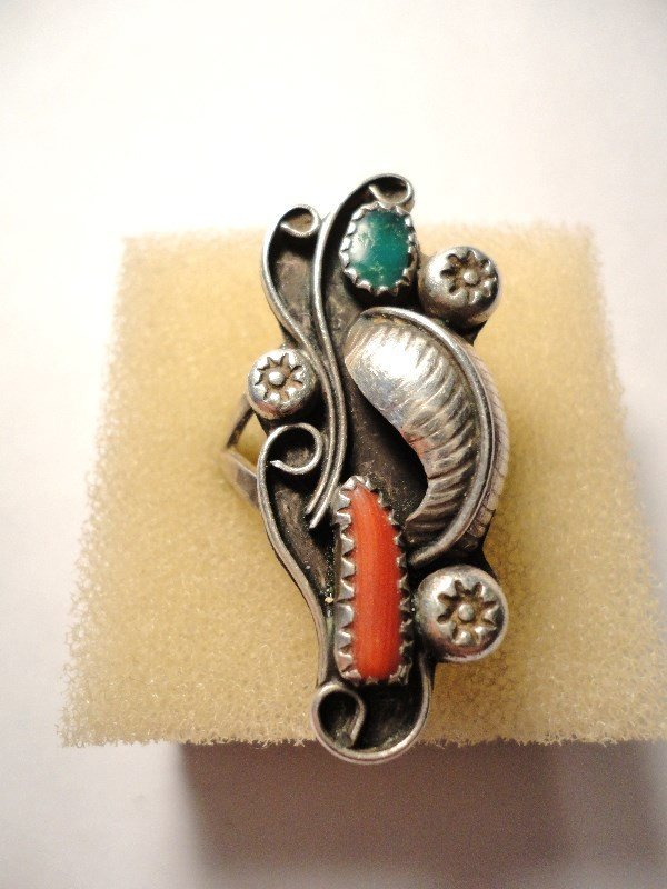 180: NAVAJO SILVER TURQUOISE CORAL RING