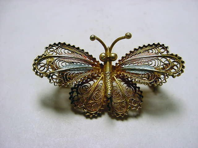 58: VINTAGE SILVER FILIGREE BUTTERFLY PIN