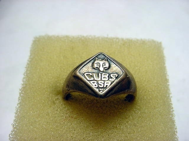 69: VINTAGE STERLING CUB SCOUT RING