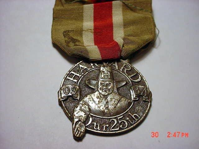 10: 1934 HARVARD MEDAL