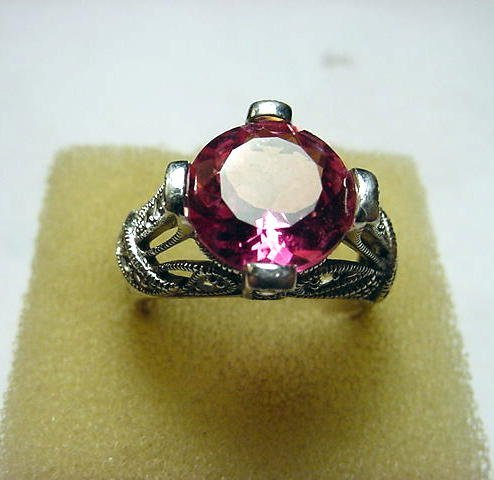 34: BEAUTIFUL STERLING PINK STONE RING SIZE 9
