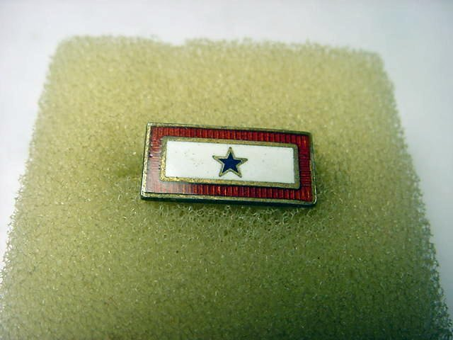 43: WWII STERLING ENAMEL SON IN THE SERVICE PIN