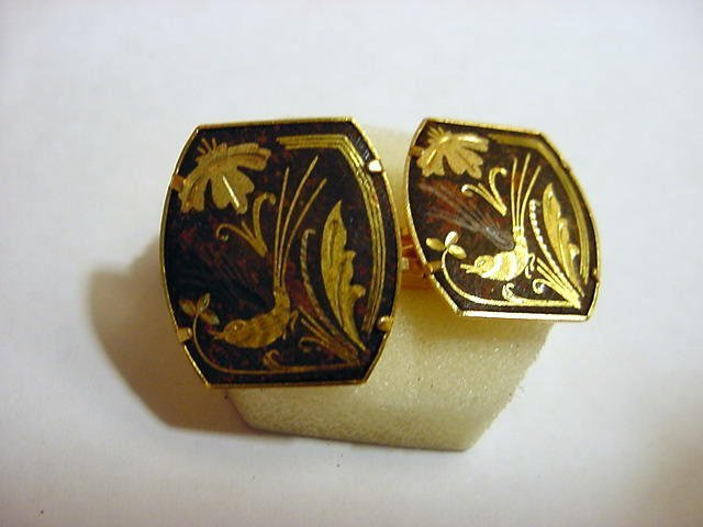 9: VINTAGE GOLD INLAID CUFF LINKS