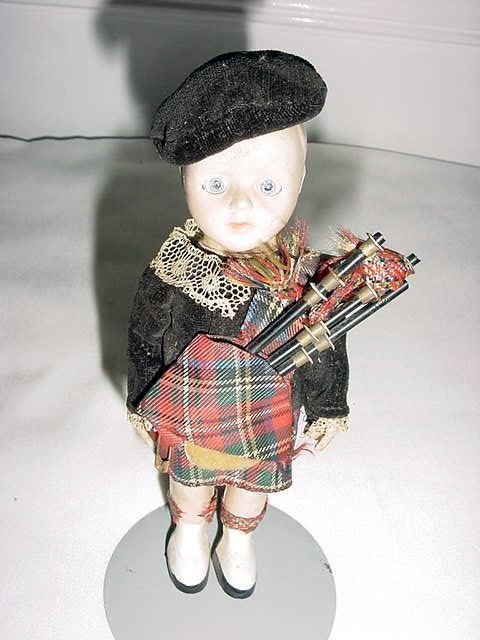 7: VINTAGE SCOTCH BAG PIPER DOLL