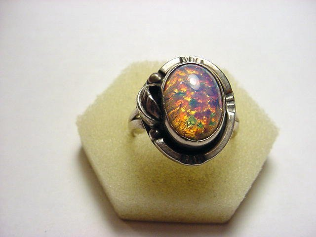 18: SIGNED MEXICAN STERLING OPAL RING SIZE 10