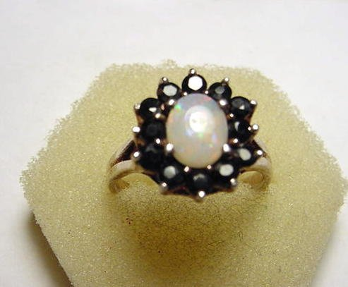 15: VINTAGE STERLING SAPPHIRES OPAL RING SIZE 8