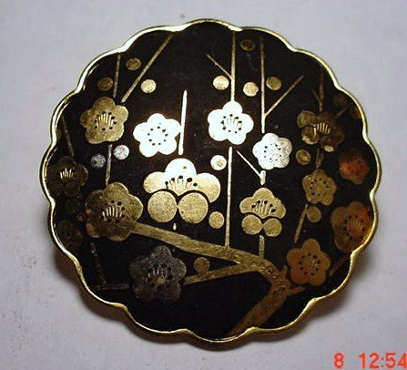 10: JAPANESE GOLD SILVER INLAID PIN