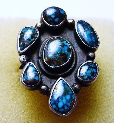 549: NAVAJO SILVER TURQUOISE RING SIGNED CHEE SIZE 7