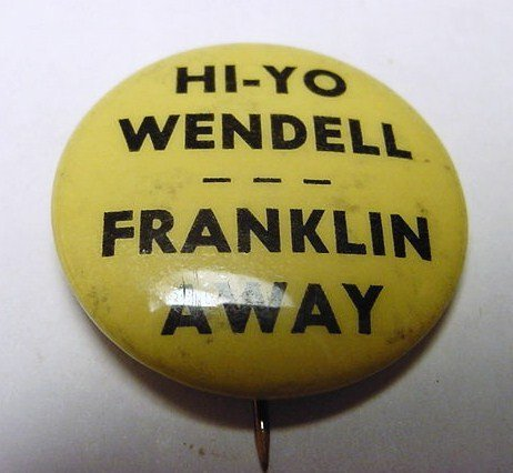 14: 1940 WILLKIE CAMPAIGN BUTTON