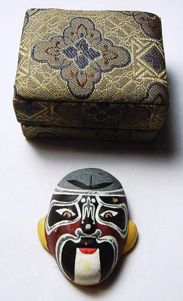 15: MINIATURE HAND PAINTED JAPANESE MASK